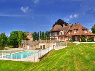 Pennedepie France Vacation Rentals - Home