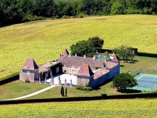 Riocaud France Vacation Rentals - Home