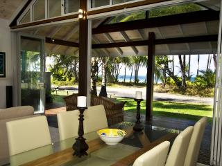 Mission Beach Australia Vacation Rentals - Home