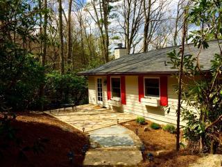 Highlands North Carolina Vacation Rentals - Cottage