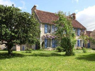 Epineau-les-voves France Vacation Rentals - Home
