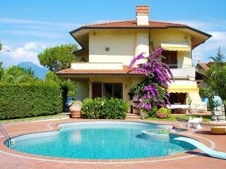 Lido Di Camaiore Italy Vacation Rentals - Villa