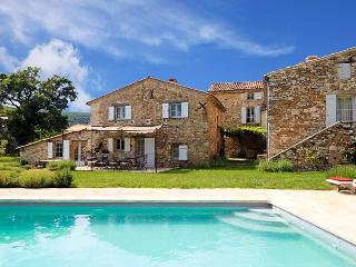 Viens France Vacation Rentals - Villa