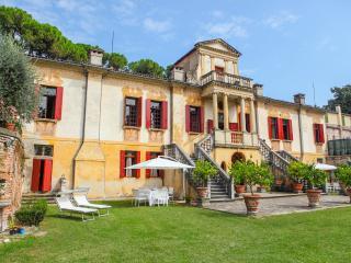Este Italy Vacation Rentals - Home