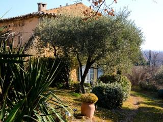 Oppede France Vacation Rentals - Apartment