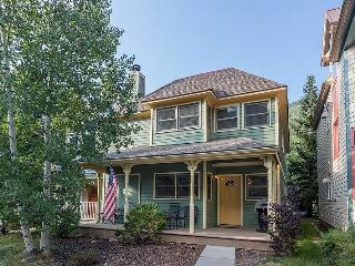 Bachman Village 25 - cute single family home located in great neighborhood