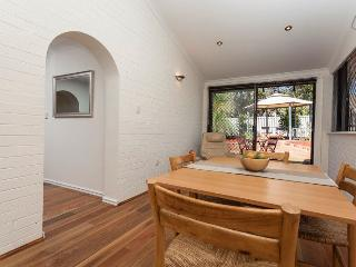 Attadale Australia Vacation Rentals - Villa