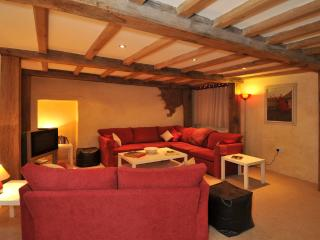 Torquay England Vacation Rentals - Farmhouse / Barn