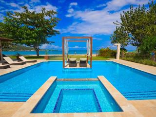 Rio Bueno Jamaica Vacation Rentals - Home