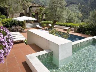 Nocchi Italy Vacation Rentals - Villa