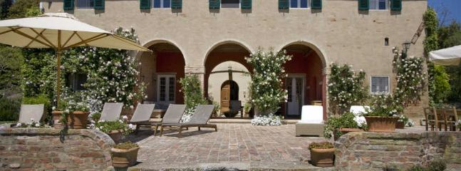 Palaia Italy Vacation Rentals - Farmhouse / Barn