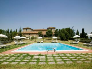 San Quirico d'Orcia Italy Vacation Rentals - Farmhouse / Barn