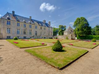 Fontenay-sur-Mer France Vacation Rentals - Home