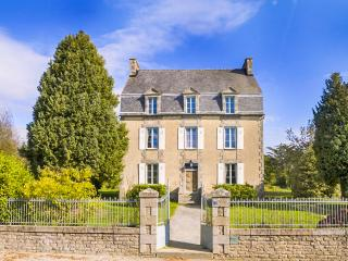 Meneac France Vacation Rentals - Home