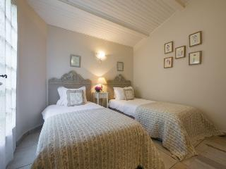 Bonnieux France Vacation Rentals - Villa