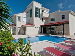 Playa Paraiso Mexico Vacation Rentals - Villa