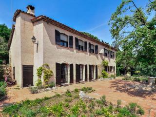 Cabris France Vacation Rentals - Home