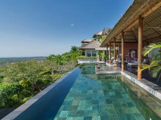 Bukit Indonesia Vacation Rentals - Villa