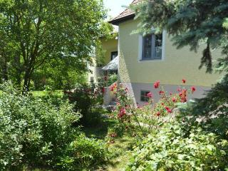 Vacation Home in Deutschkreutz - 1292 sqft, central, sunny, charming (# 4782) #4782