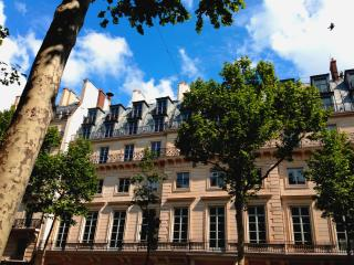 Paris France Vacation Rentals - Home