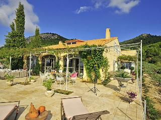 Le Barroux France Vacation Rentals - Home