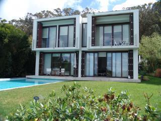Azoia Portugal Vacation Rentals - Villa