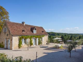 Ajat France Vacation Rentals - Home