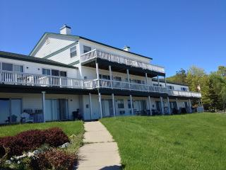 Onekama Michigan Vacation Rentals - Apartment