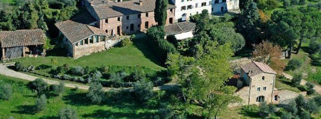 5 bedroom Villa in Siena, Chianti, Tuscany, Italy : ref 2386440