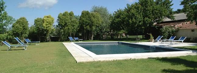 Asciano Italy Vacation Rentals - Home