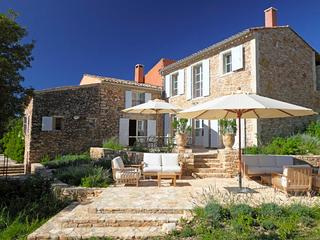 Oppedette France Vacation Rentals - Villa