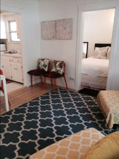 West Hollywood #2 Cute1 Bedroom Apartment with Patio (4696)