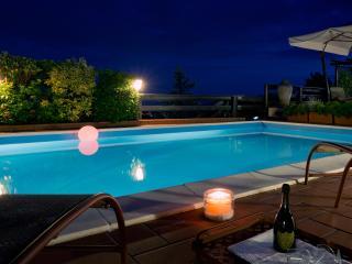 Ceparana Italy Vacation Rentals - Villa