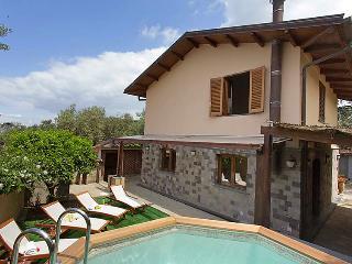 Priora Italy Vacation Rentals - Villa