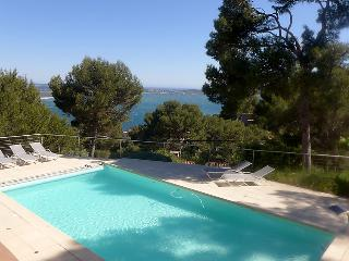 Carqueiranne France Vacation Rentals - Apartment