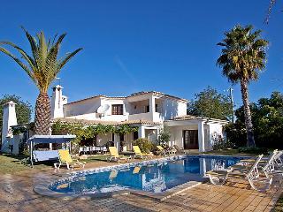 Ferreiras Portugal Vacation Rentals - Villa