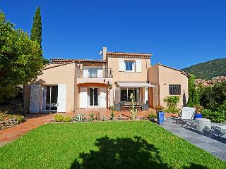 Cavalaire-Sur-Mer France Vacation Rentals - Villa