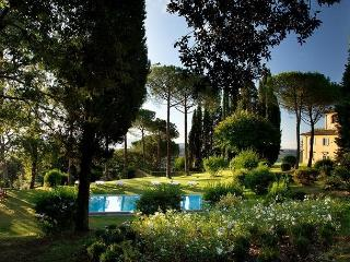 Romola Italy Vacation Rentals - Villa