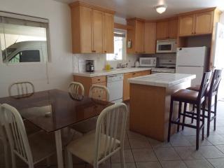 North Hollywood California Vacation Rentals - Apartment