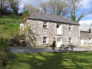 Gillan England Vacation Rentals - Home
