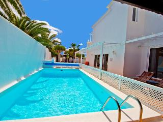 Costa Teguise Spain Vacation Rentals - Villa