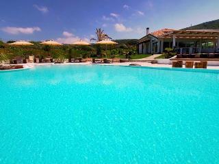 Trinita d'Agultu e Vignola Italy Vacation Rentals - Villa