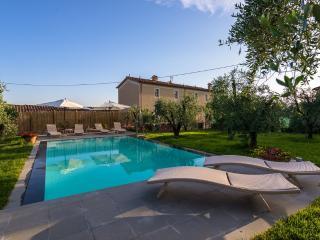 Marlia Italy Vacation Rentals - Villa