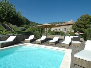 Lacoste France Vacation Rentals - Villa