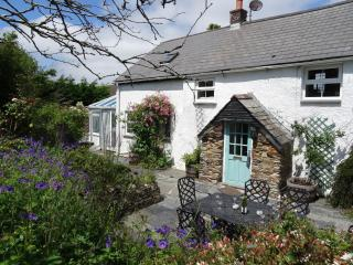 Saint Issey England Vacation Rentals - Home