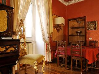 Colonna Italy Vacation Rentals - Apartment