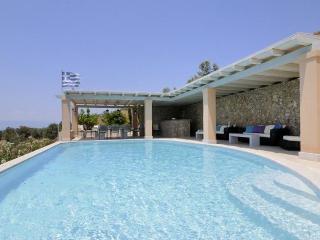 Kosta Greece Vacation Rentals - Villa
