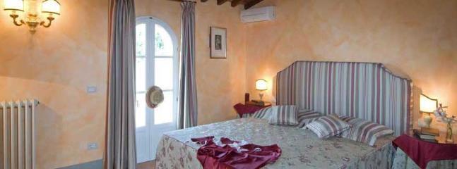 Ponte di Gabbiano Italy Vacation Rentals - Apartment