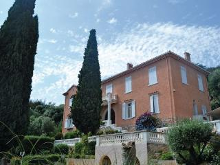 Hy res France Vacation Rentals - Villa