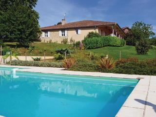 Bourgougnague France Vacation Rentals - Villa